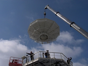 Antenna installation for PLEIADES